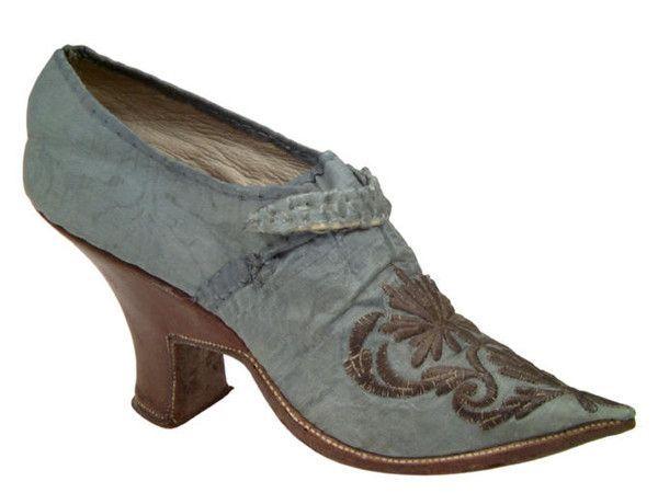 Chaussures XVIIIè siècle